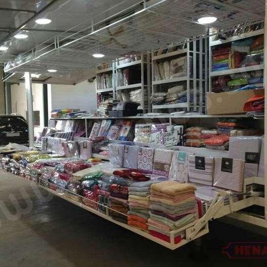 Remolque tienda para venta de ropa de hogar - Henales